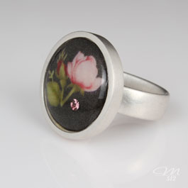 Ring Rose Noir